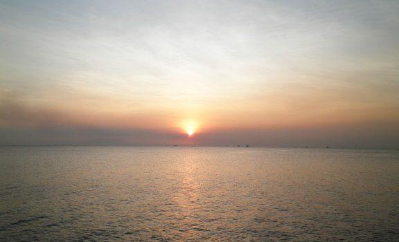 Manila Bay Sunset at Mall of Asia Seaside