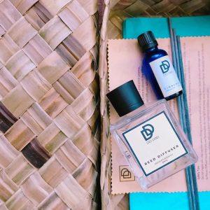 gift-ready dei drei essentials reed diffuser set